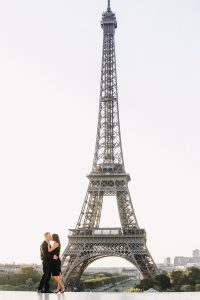 Flytographer Photo Shoot Review at Eiffel Tower in Paris