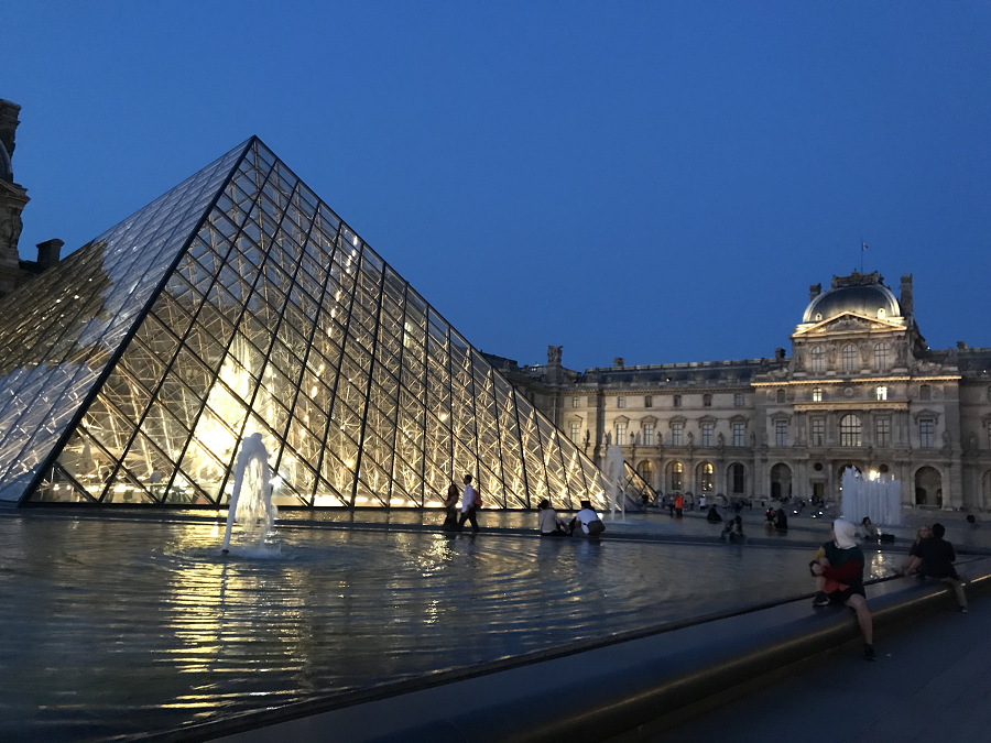 4 Days In Paris: Musee de Louvre Paris