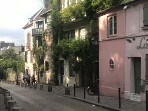 Rue l'Aubruevoir Paris
