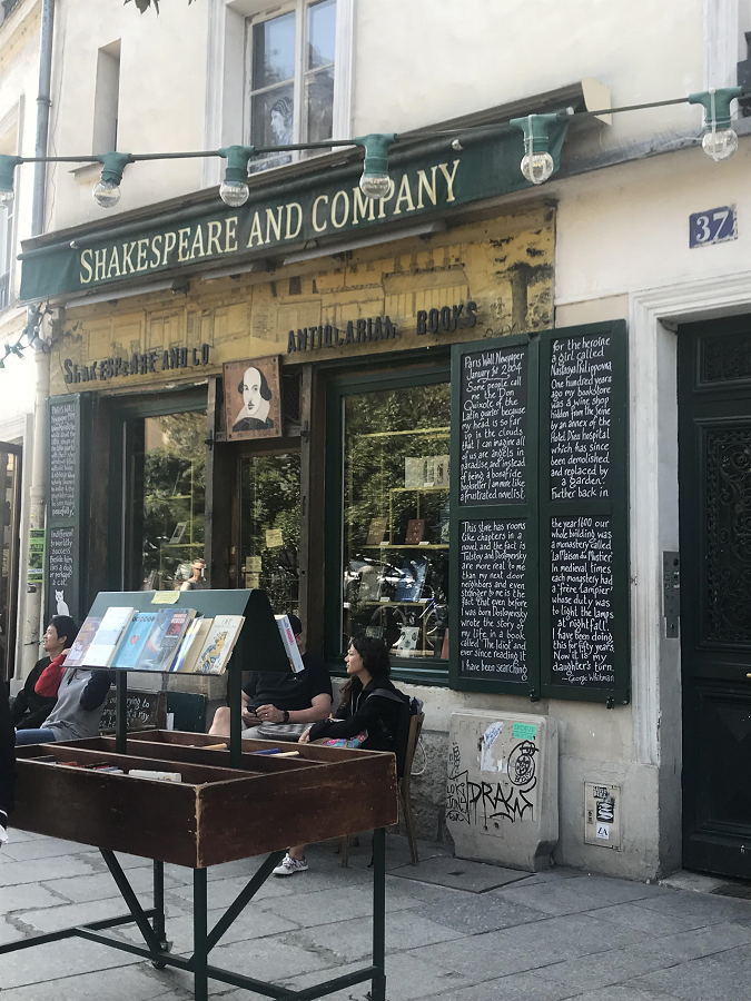 Shakespeare Company Paris Bookstore