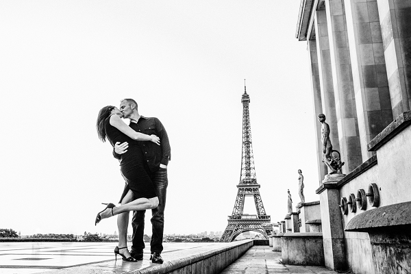 flytographer review paris vacation photo shoot