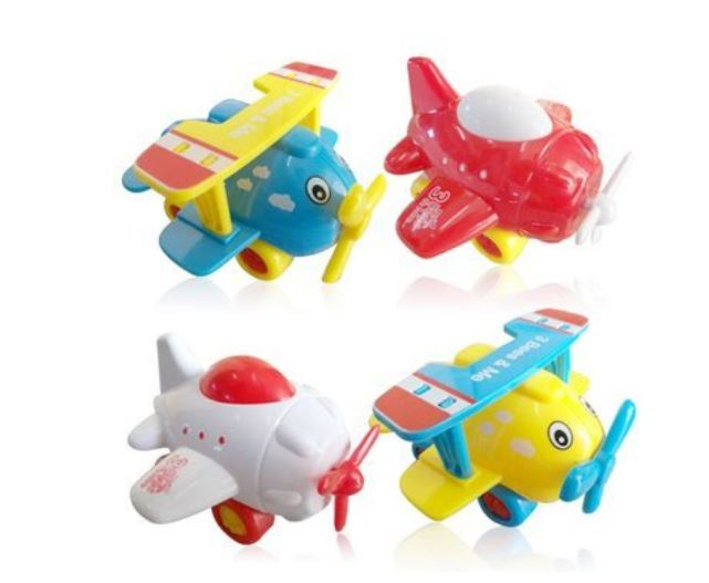 Travel Gifts for Kids: Airplane Toys