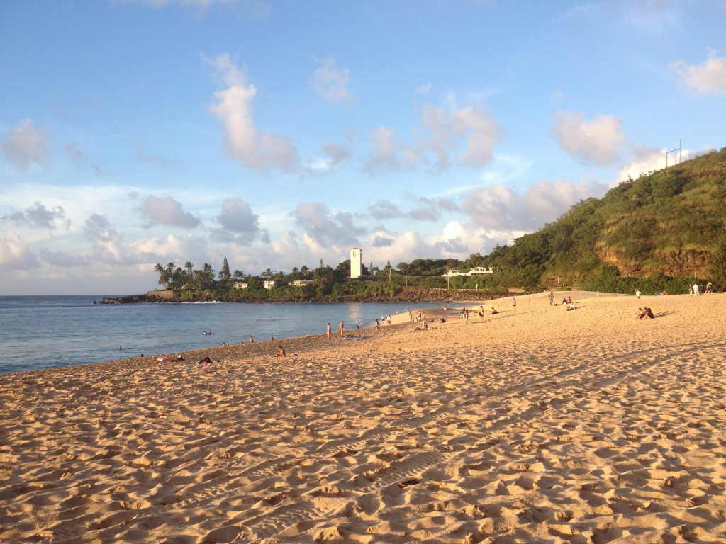 Oahu Itinerary Ideas: Beautiful Waimea Bay