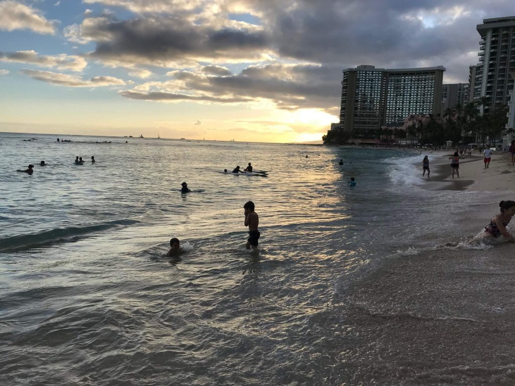 Oahu Itinerary: Waikiki Beach at Sunset