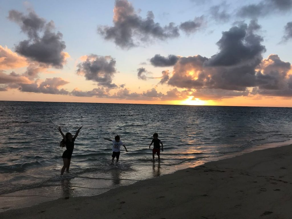 Oahu Itinerary 7 days: Sunrise at Lanikai Beach