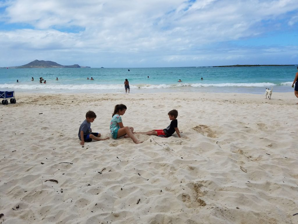 Oahu 7 Day Itinerary - white sands and turquoise waters of Kailua Beach.