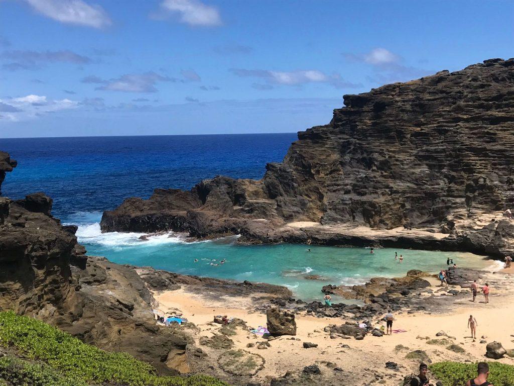 Eternity Beach Cove near Halona Blowhole, Hawaii  #freetotravelmama | Oahu Hawaii Photography | Oahu Instagram Pictures |  Oahu Instagram Spots | Instagram Worthy Pictures in Oahu | Hawaii Instagram Pictures Oahu | Best Places for photos Oahu | Best Photo Spots Oahu