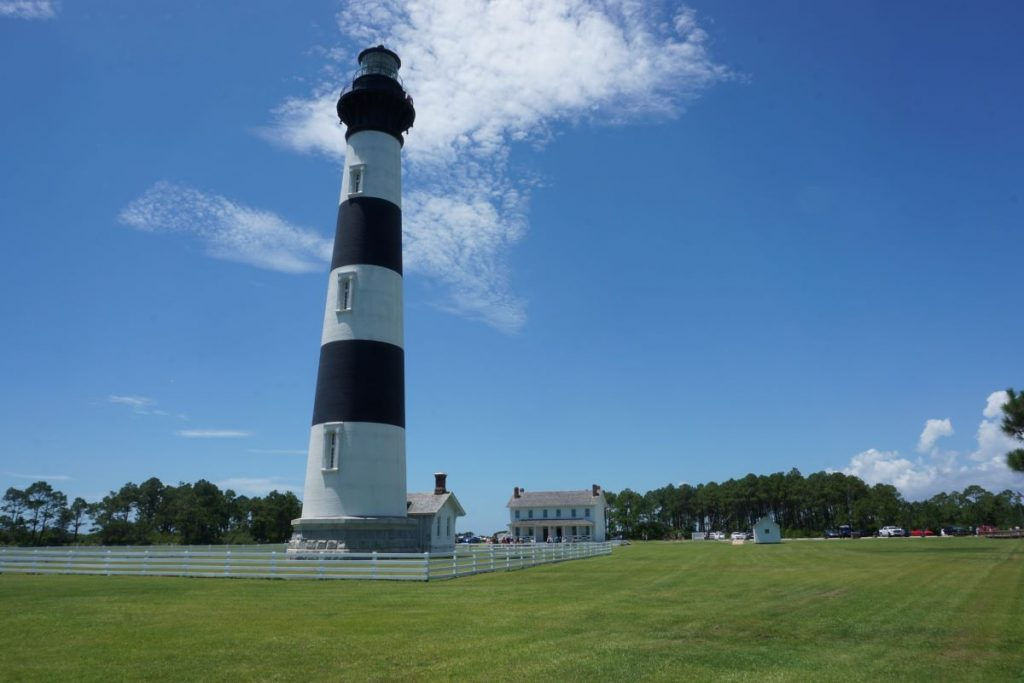 North Carolina Outer Banks Scenic Bypass Lighthouse     Best USA Road Trips   USA National Parks Road Trips   USA Road Trip Ideas   USA Road Trips with Kids   Roadtrips in the US